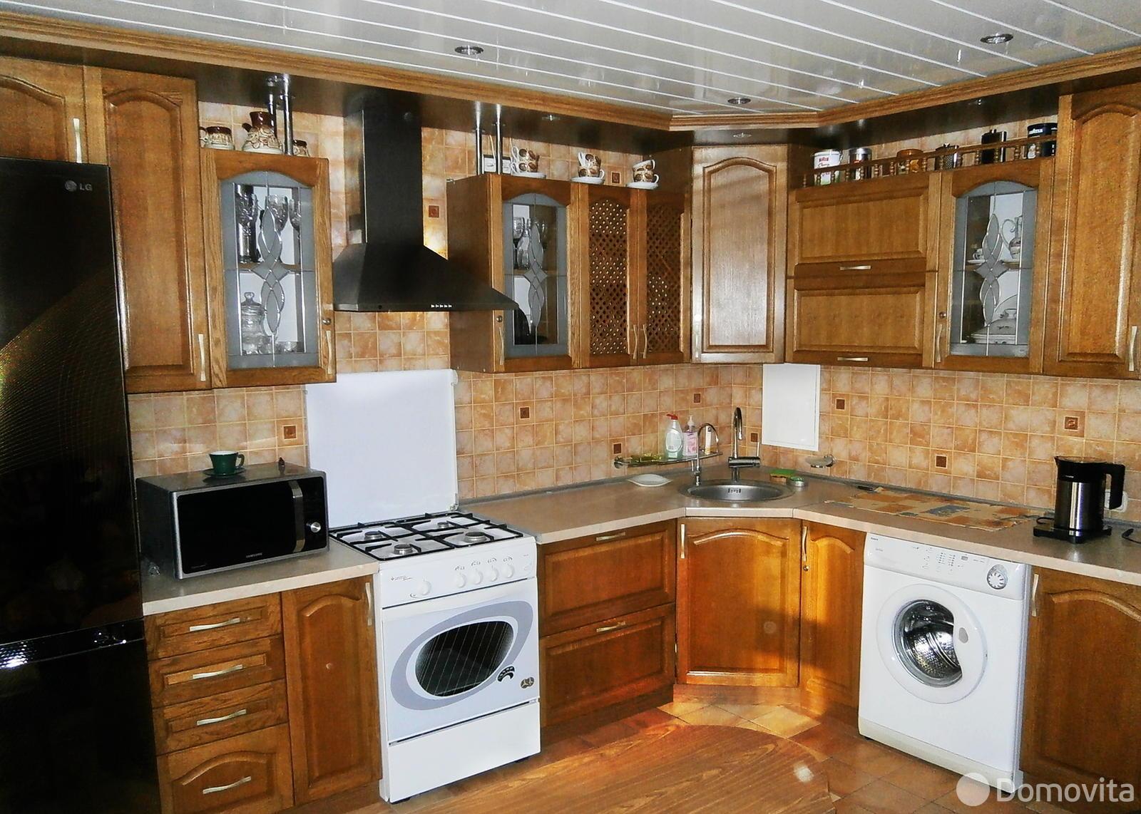 3-комнатная квартира на сутки в Осиповичах, ул. Сумченко, д. 83 - фото 1