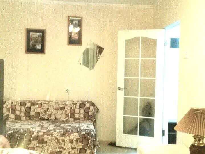 Снять 1-комнатную квартиру в Минске, ул. Максима Богдановича, д. 53 - фото 1