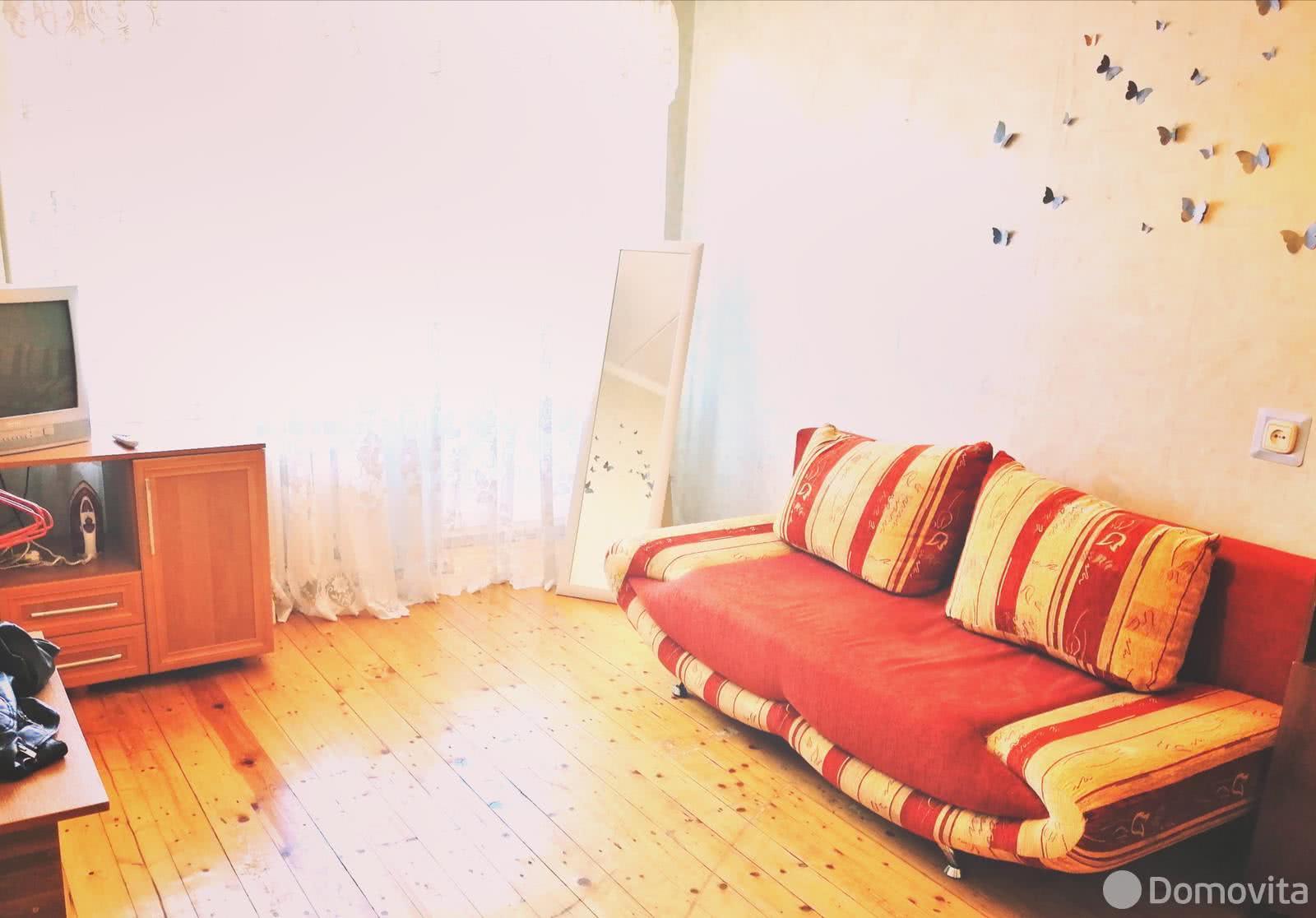 Аренда 1-комнатной квартиры на сутки в Минске ул. Немига, д. 10 - фото 1