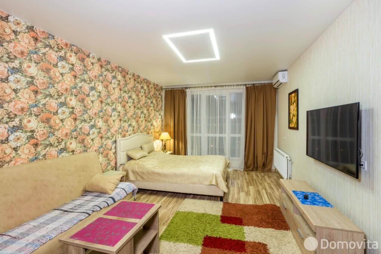 Аренда 1-комнатной квартиры на сутки в Минске ул. Одесская, д. 6 - фото 1