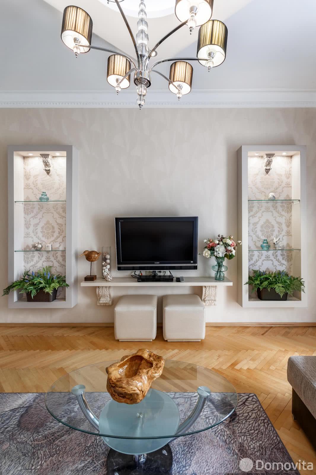 Аренда 2-комнатной квартиры на сутки в Минске ул. Красная, д. 18 - фото 3