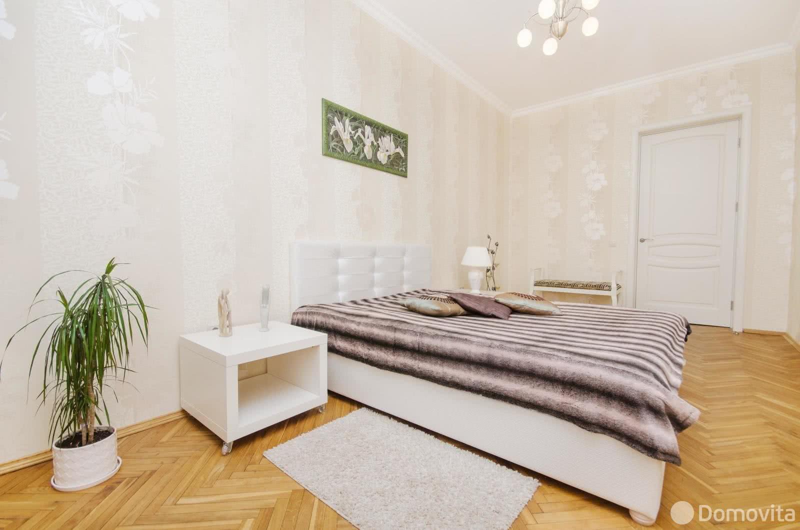 Аренда 2-комнатной квартиры на сутки в Минске, ул. Янки Купалы, д. 11 - фото 2
