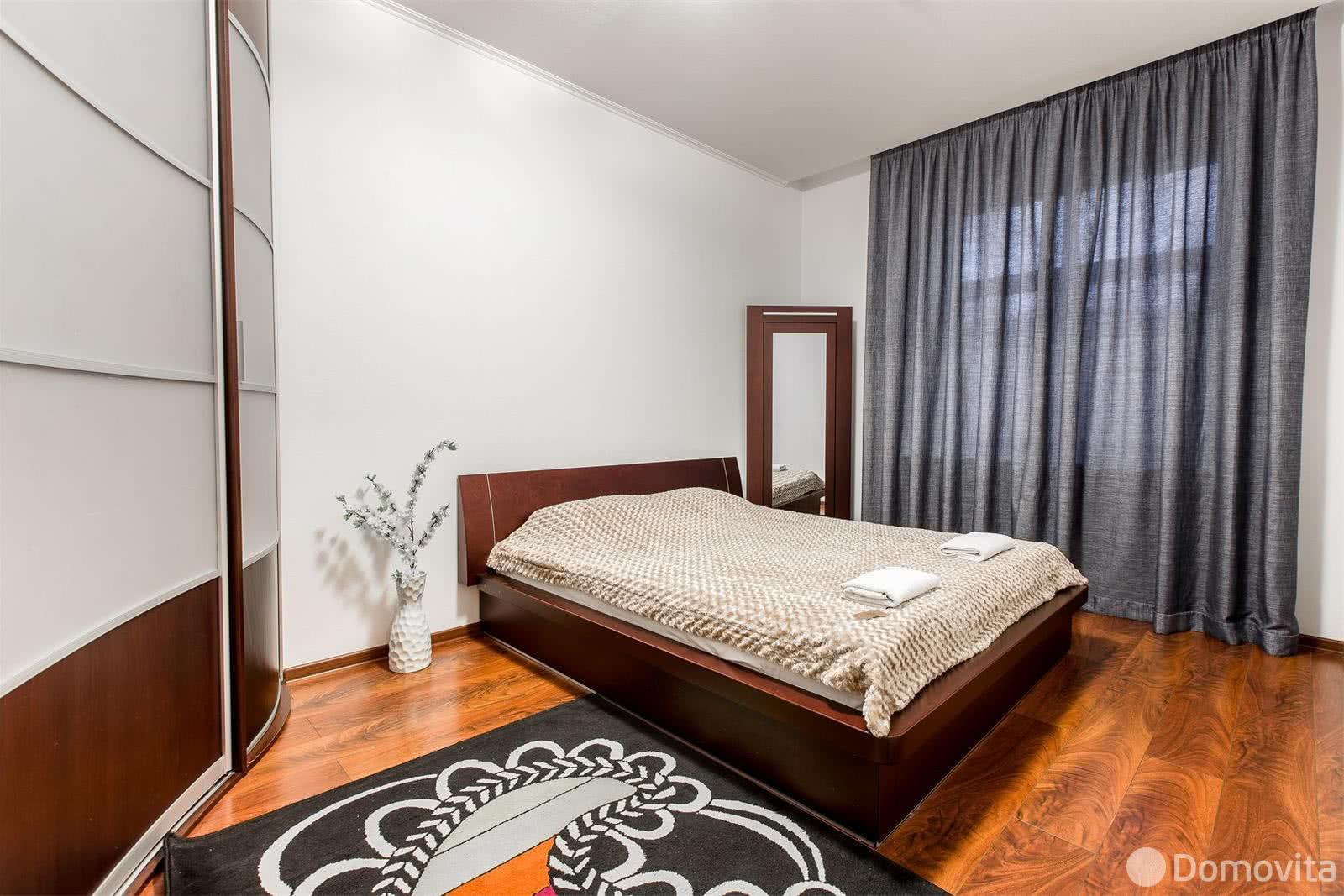 Аренда 2-комнатной квартиры на сутки в Минске ул. Свердлова, д. 19 - фото 1