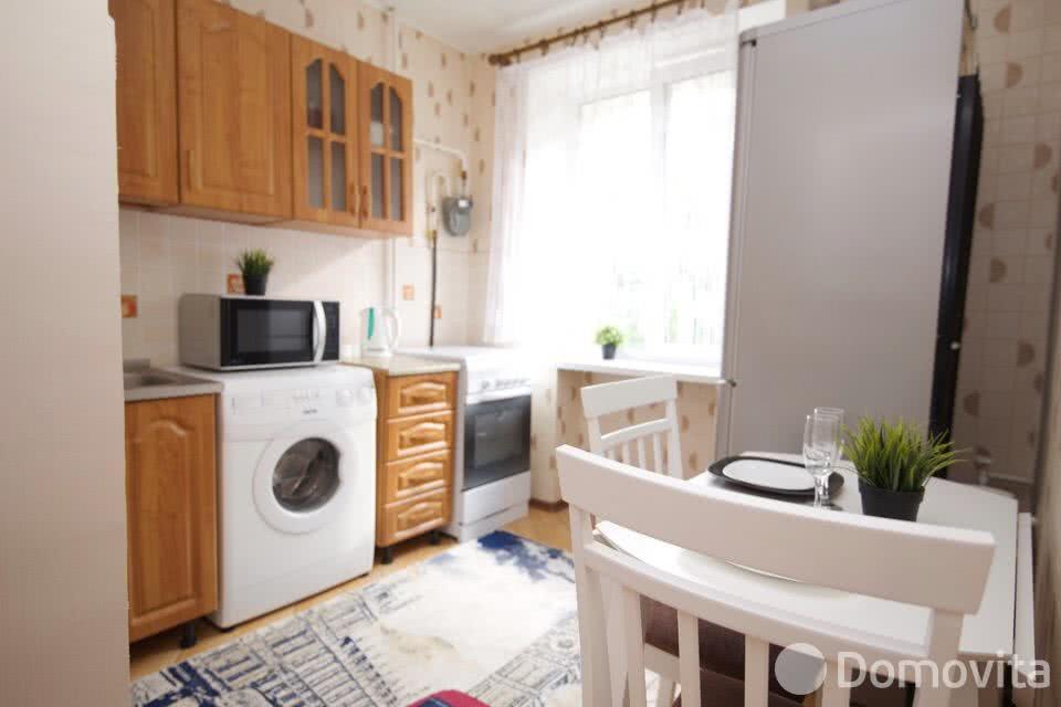 Аренда 2-комнатной квартиры на сутки в Минске ул. Романовская Слобода - фото 2