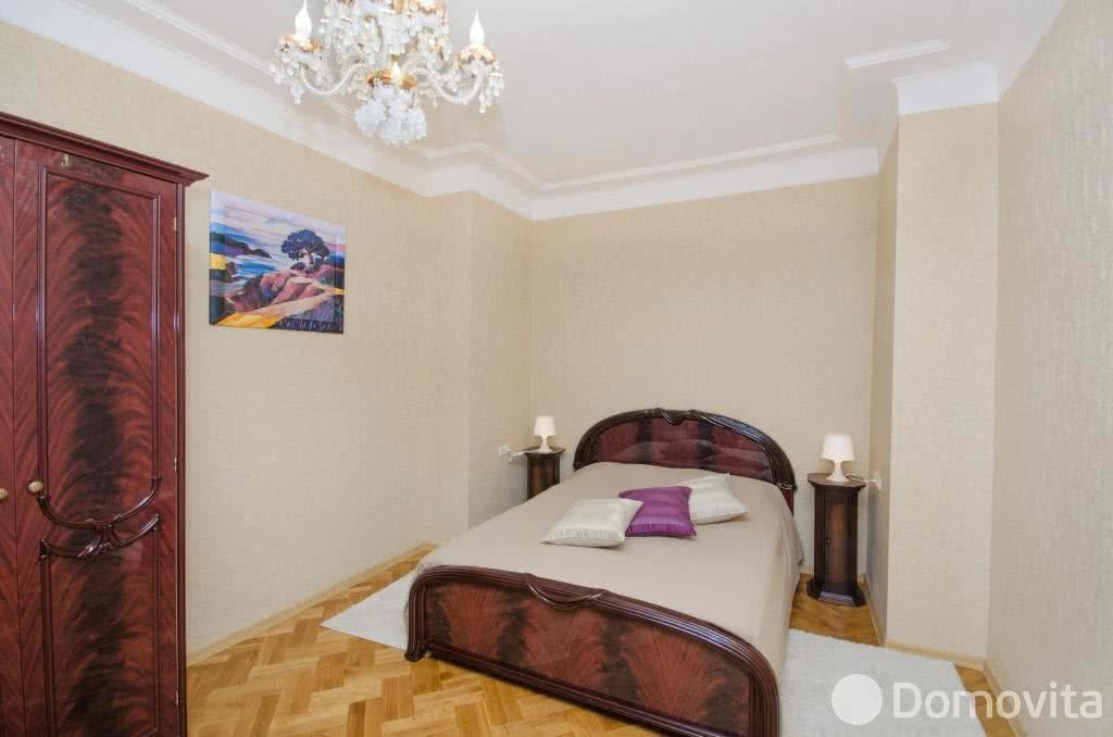 4-комнатная квартира на сутки в Минске, ул. Володарского, д. 18 - фото 2