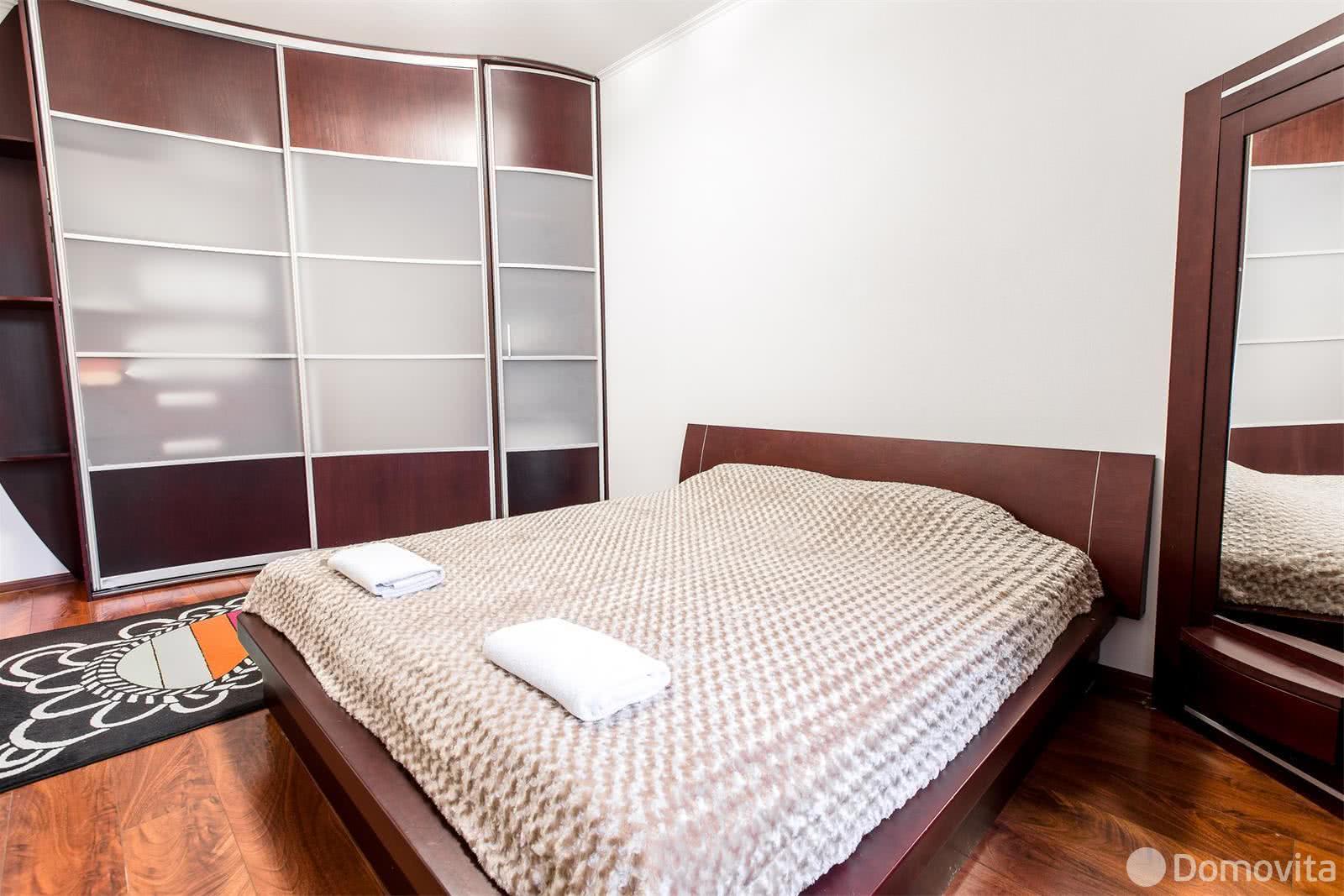 Аренда 2-комнатной квартиры на сутки в Минске ул. Свердлова, д. 19 - фото 2