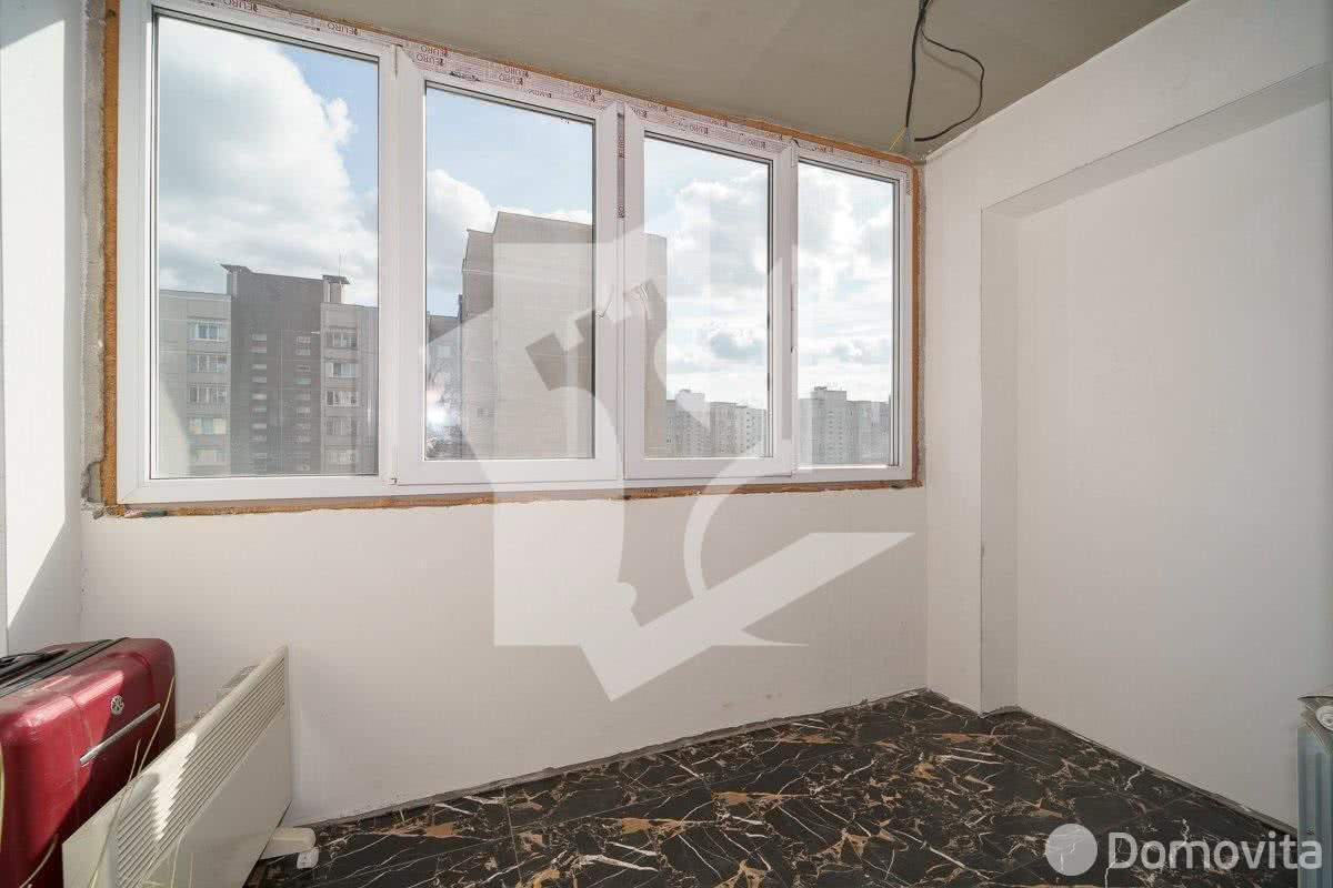 Купить 3-комнатную квартиру в Минске, ул. Космонавтов, д. 38 - фото 4