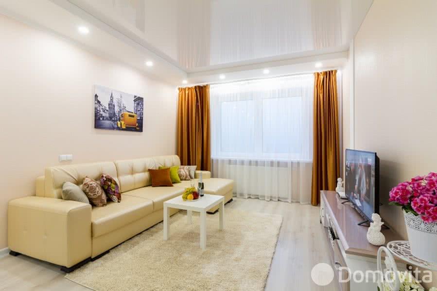 Аренда 2-комнатной квартиры на сутки в Минске, ул. Репина, д. 4 - фото 1