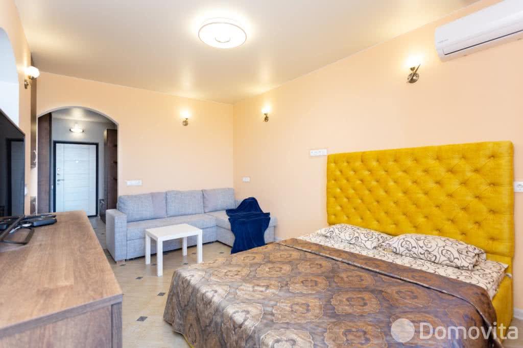Аренда 1-комнатной квартиры на сутки в Минске ул. Братская, д. 8 - фото 1
